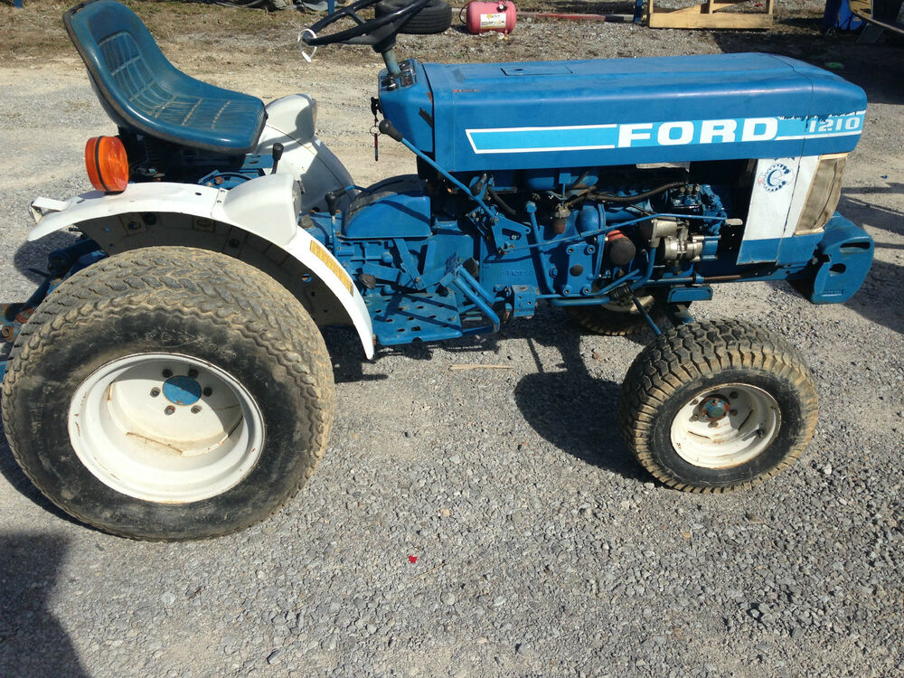 Ford 4600 Tractor Fenders : Rear fenders with lights for ford used ebay