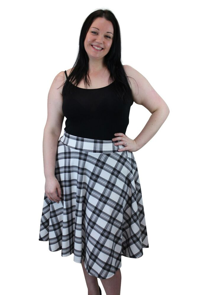 Sep 23, · Rated 5 out of 5 by Tispe from Perfect fit and good quality I bought this skirt in store in a small, one size too big, 4 years ago and have wanted to buy an xsmall all these years and I finally got around to doing it. I just got it in the mail and am so happy to finally have a cute skirt that doesn't fall off my hips as soon as I pull it up/5(69).