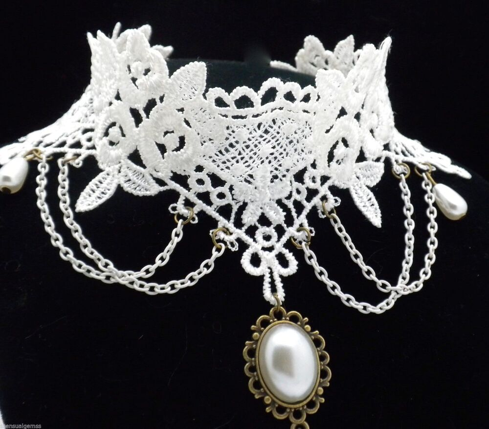 """dating victorian jewelry Short of a date monogrammed on your jewelry,  how to date antique jewelry:  the standard for antique victorian pieces will be the c clasp or """"c clutch""""."""