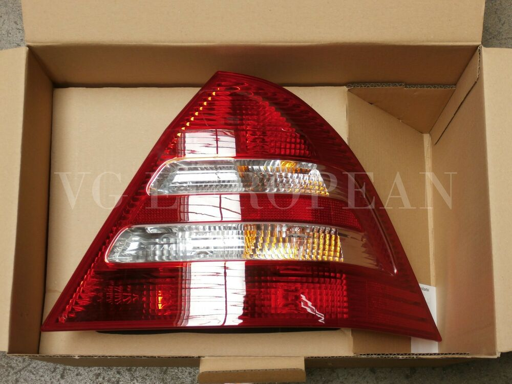 Mercedes Benz W203 C Class Genuine Right Tail Light Rear