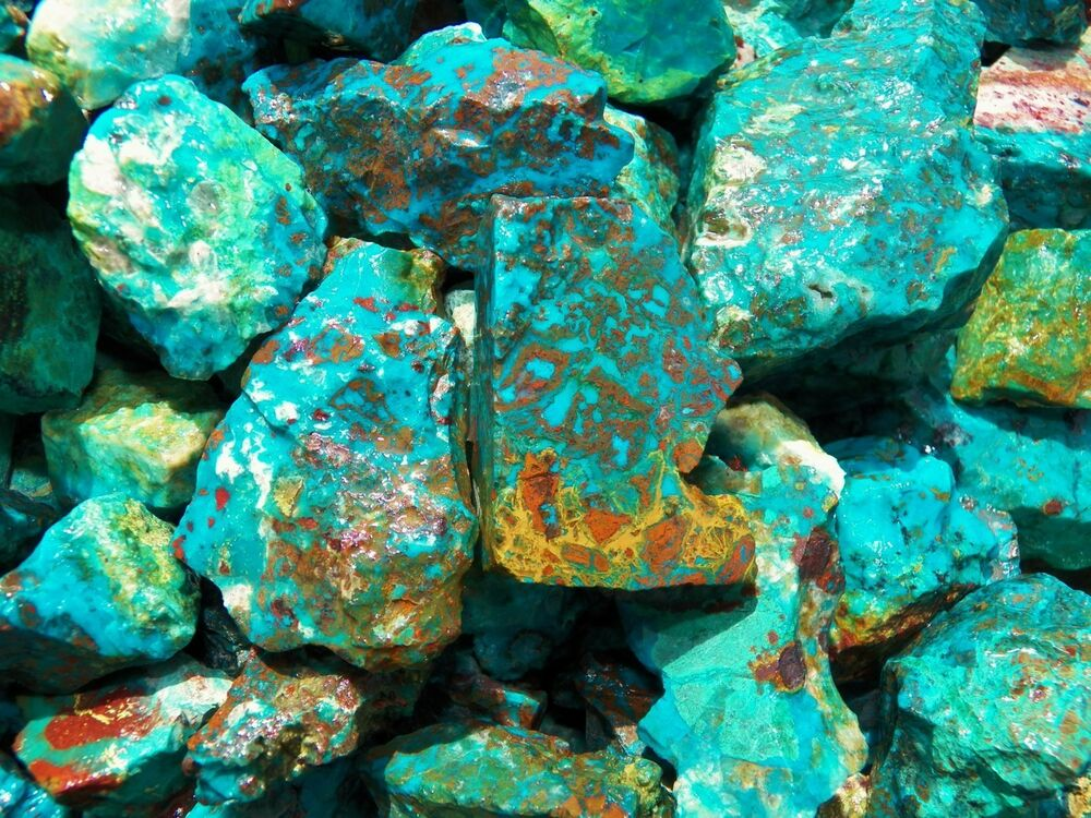 1000 Carat Lots Of Chrysocolla Amp Turquoise Rough Plus A Free Faceted Gemstone Ebay