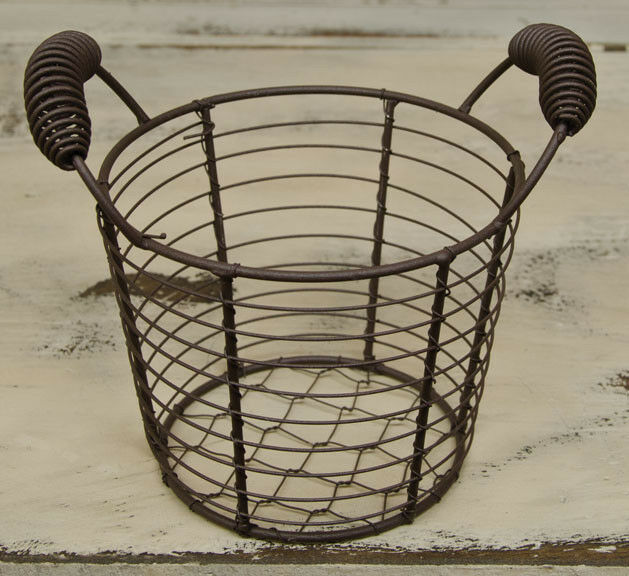 Small Rustic Chicken Wire Egg Basket Primitive Colonial