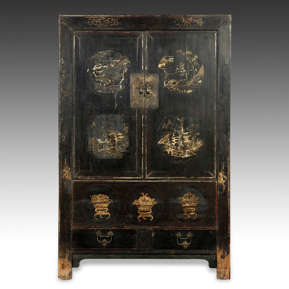 Rare antique chinese qing dynasty shanxi lacquer gilded for Antique asian cabinet