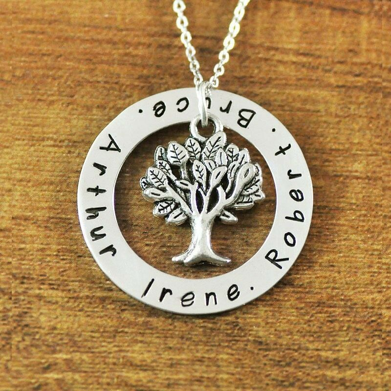 personalized name necklace family tree circle names. Black Bedroom Furniture Sets. Home Design Ideas