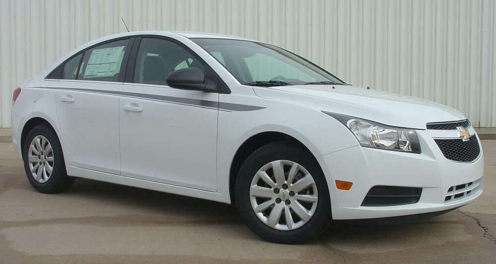 2014 Chevy Cruze Ratings Chevy Cruze Graphics Decals Stripes Emblems Trim Kit EE1634 // Models ...