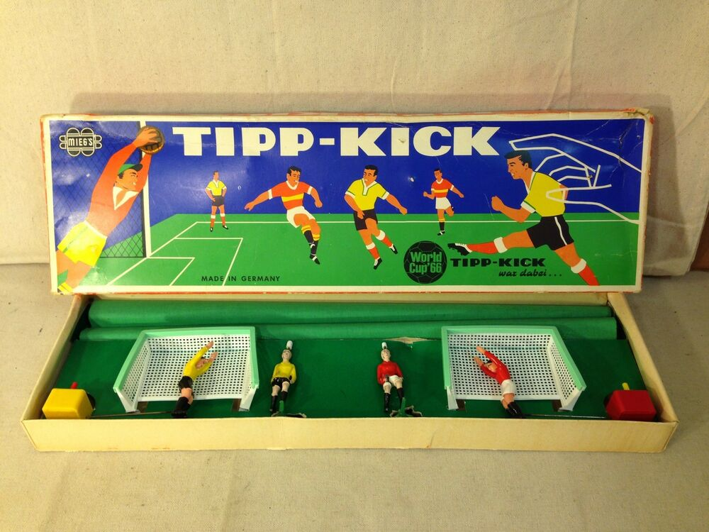 vintage mieg 39 s tipp kick world cup 39 66 futball game ebay. Black Bedroom Furniture Sets. Home Design Ideas