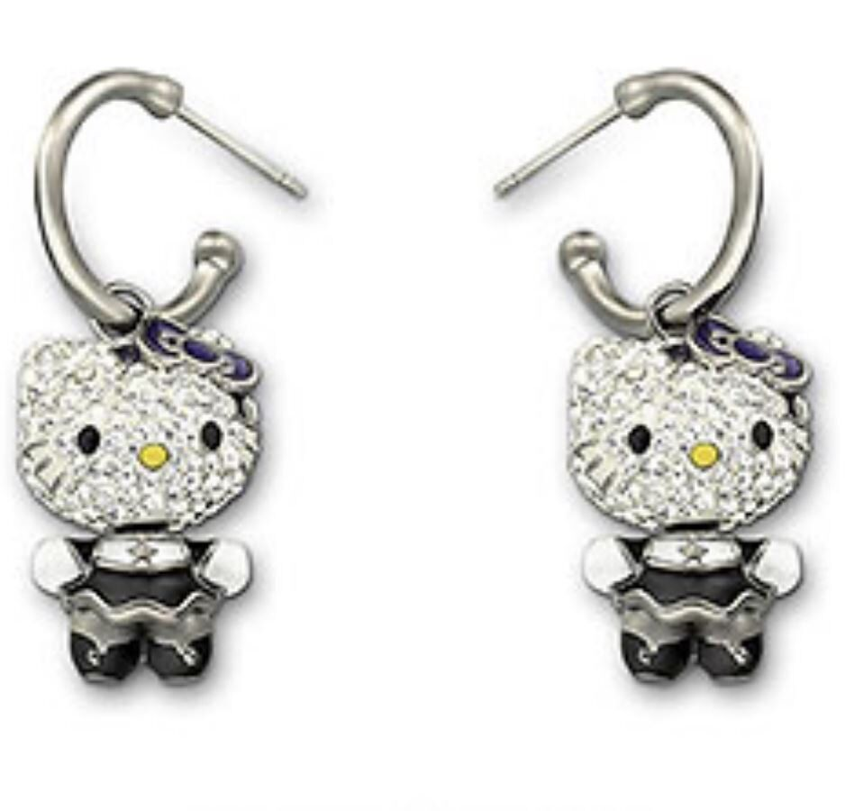 Swarovski 3D Hello Kitty Gothic Pierced Earrings Japanese ...