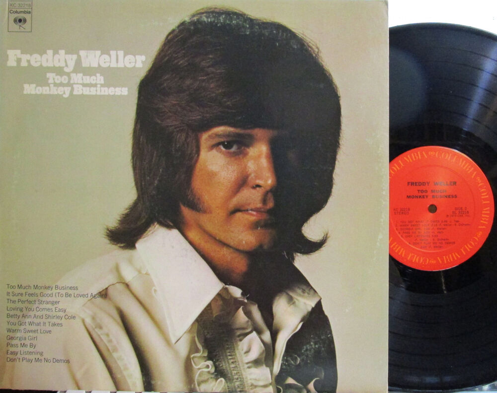 Paul Revere The Raiders featuring Mark Lindsay Here They Come
