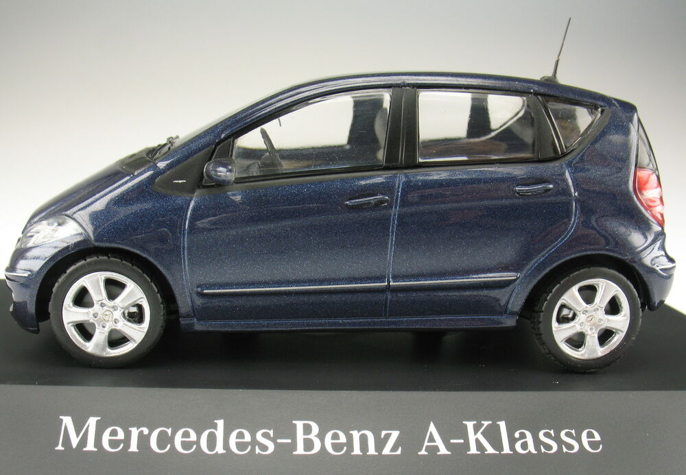 schuco mercedes benz a klasse w 169 blau metallic. Black Bedroom Furniture Sets. Home Design Ideas