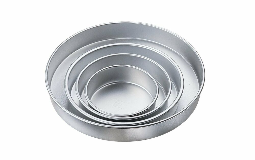 Wilton Large Round Cake Pan