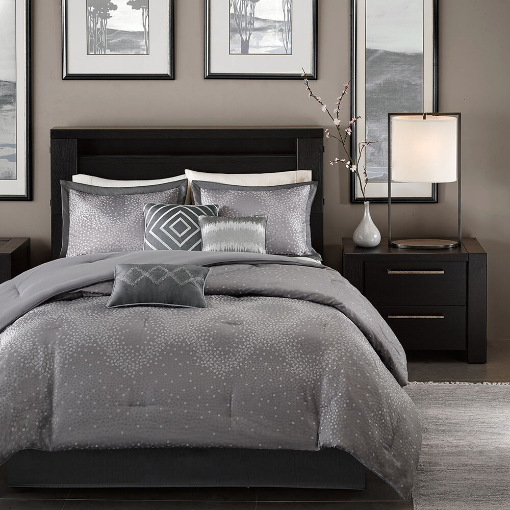 Beautiful modern elegant luxury chic grey silver chevron stripe comforter set ebay - Look contemporary luxury bedding ...