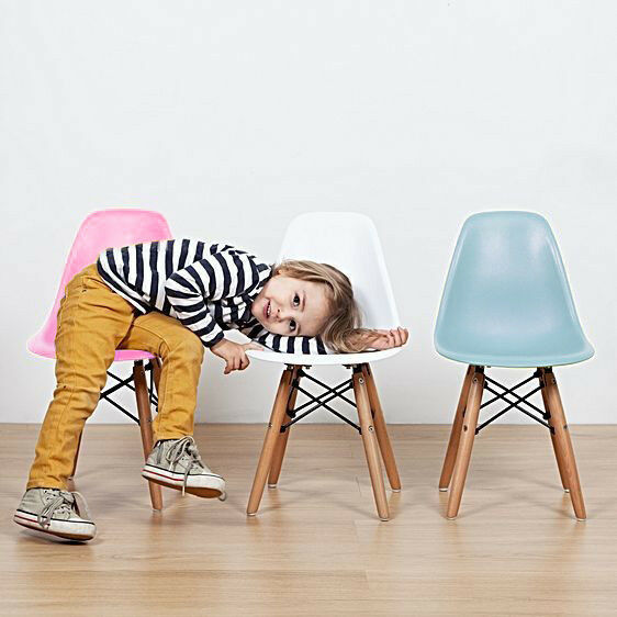 kids junior dsw mcm side chair eiffel dowel mid century. Black Bedroom Furniture Sets. Home Design Ideas