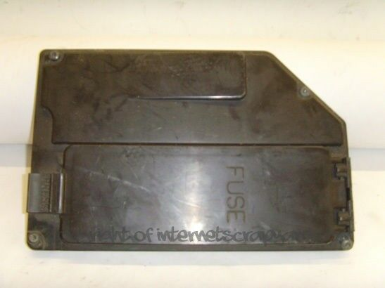 volvo v70 mk1 classic t5 estate 98 00 fuse box cover lid. Black Bedroom Furniture Sets. Home Design Ideas