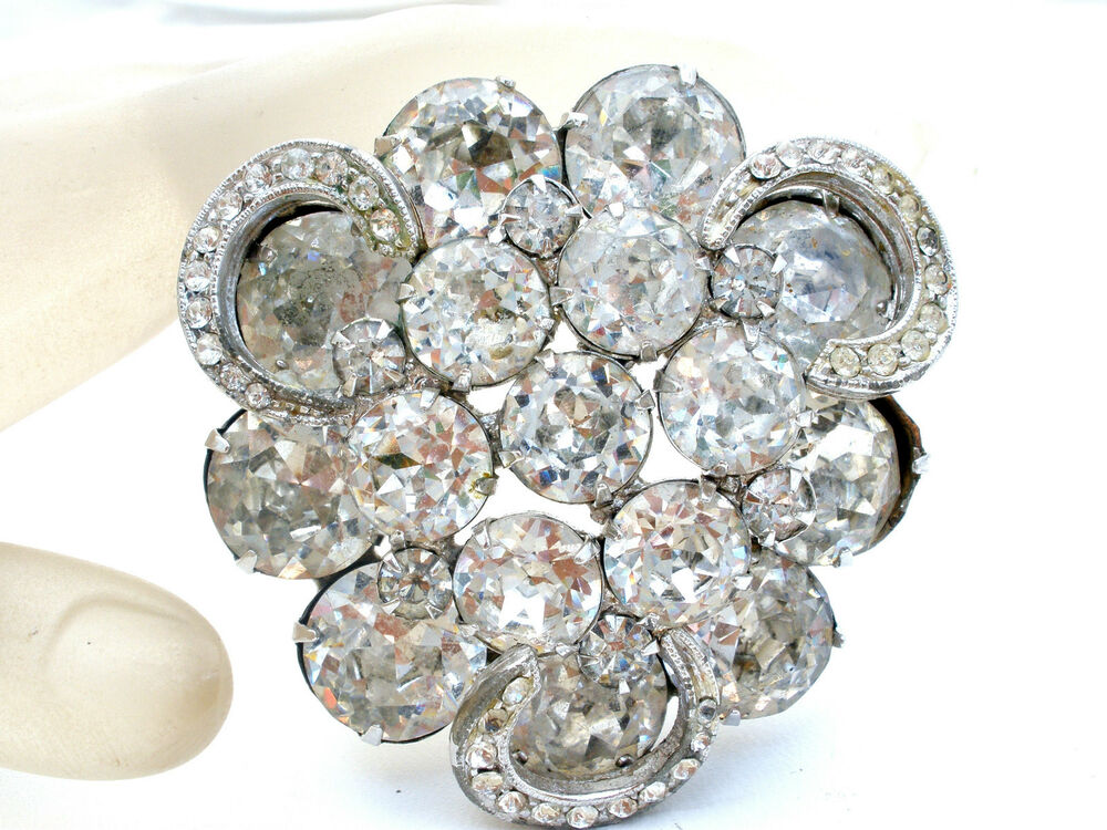 weiss brooch with clear rhinestones wedding jewelry pin. Black Bedroom Furniture Sets. Home Design Ideas