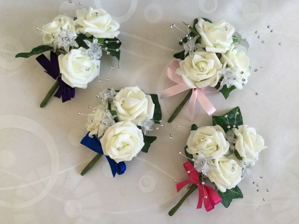 Wedding Flowers And Corsages : Ladies mother of brides buttonholes pin corsage wedding