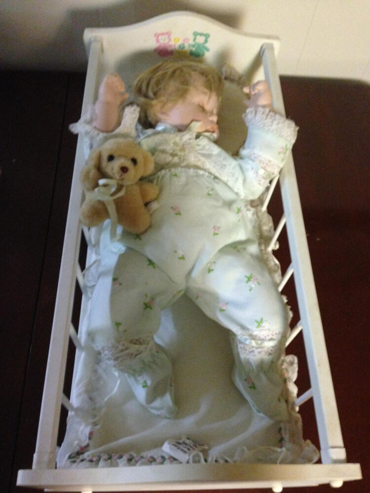 Danbury mint baby 39 s first year sweet dreams porcelain baby - Baby deko mint ...