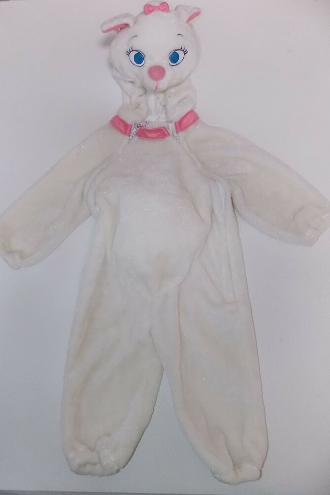 Find and save ideas about Cat costume kids on Pinterest. | See more ideas about Fasching make up hase, Fasching schminken als katze and Glitter paint on face.