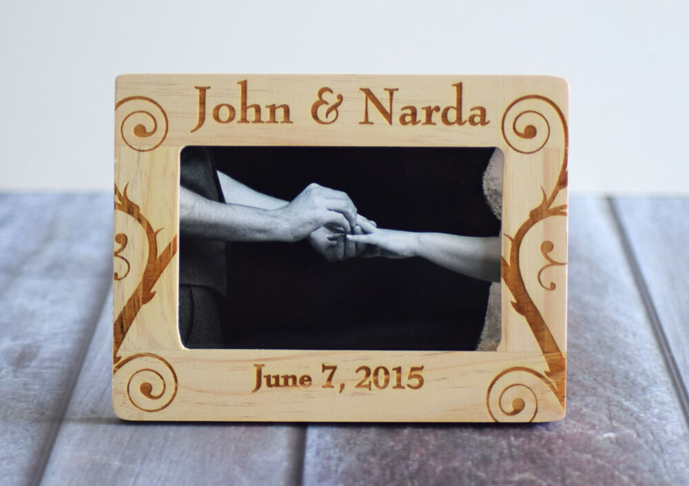 Engraved Picture Frames Wedding Favors : ... Wedding Picture Frame Engraved Wood- 4x6 Frame- Rustic Wedding