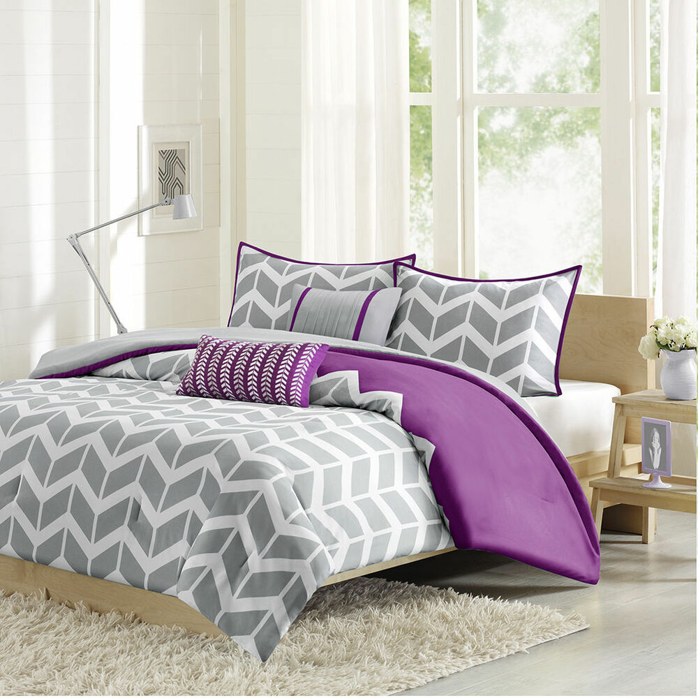 Sporty Chic Purple Grey Plum White Chevron Stripe Teen