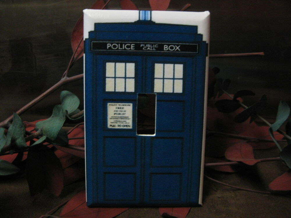 Dr who tardis police call box light switch wall plate for Tardis light switch cover