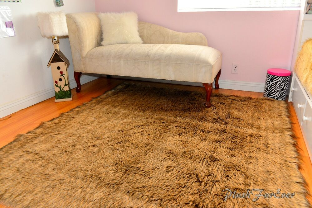 Grizzly Bear Rectangle Area Rug Faux Fur Lodge Cabin Decor