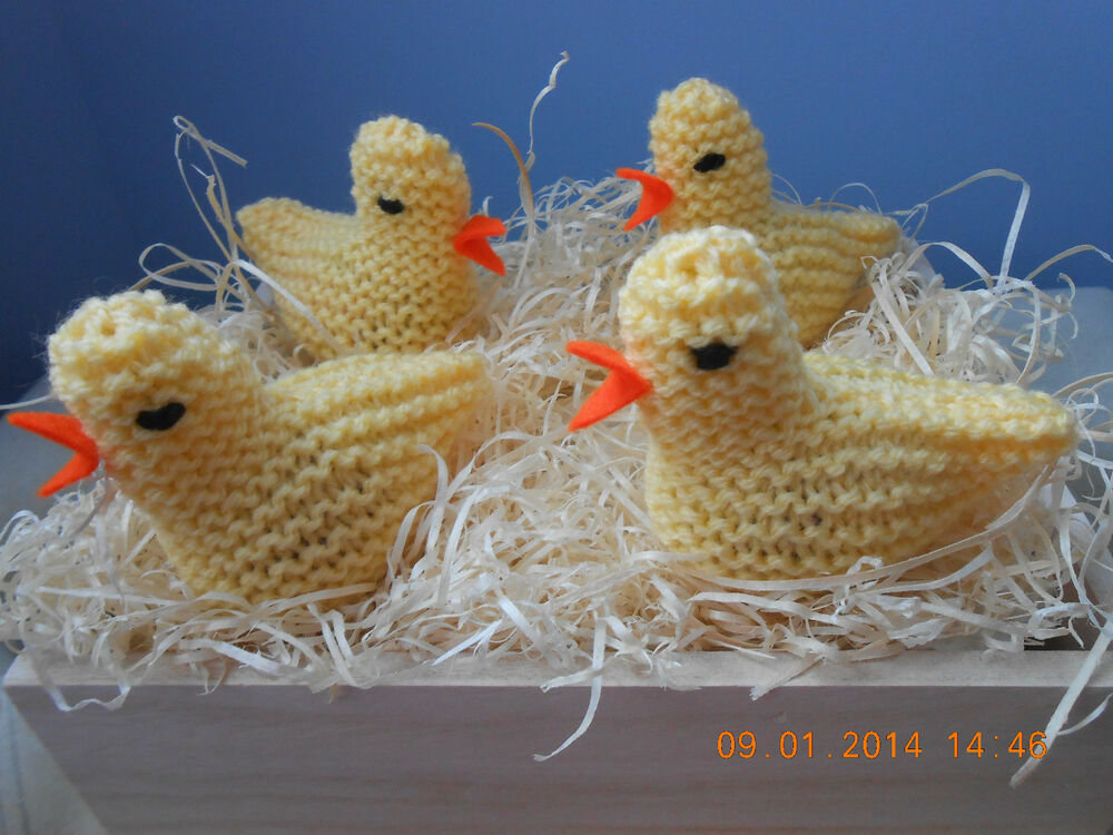 Easter Chick Knitting Pattern Instructions : EASTER CHICK KNITTING PATTERN TO COVER CREME EGG FETE FUND ...