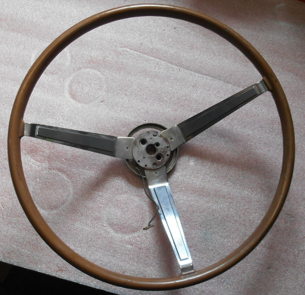 1967 dodge charger wood steering wheel used 2530250 ebay. Black Bedroom Furniture Sets. Home Design Ideas