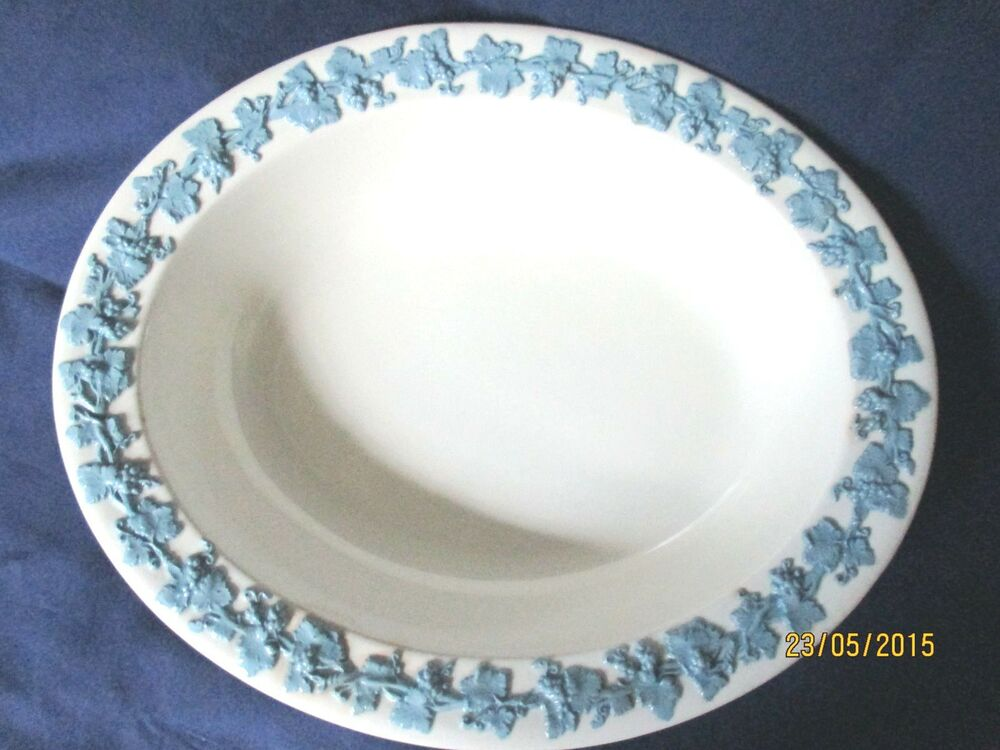 Very Nice Wedgwood Queensware 9 1 2 Quot Oval Vegetable Bowl