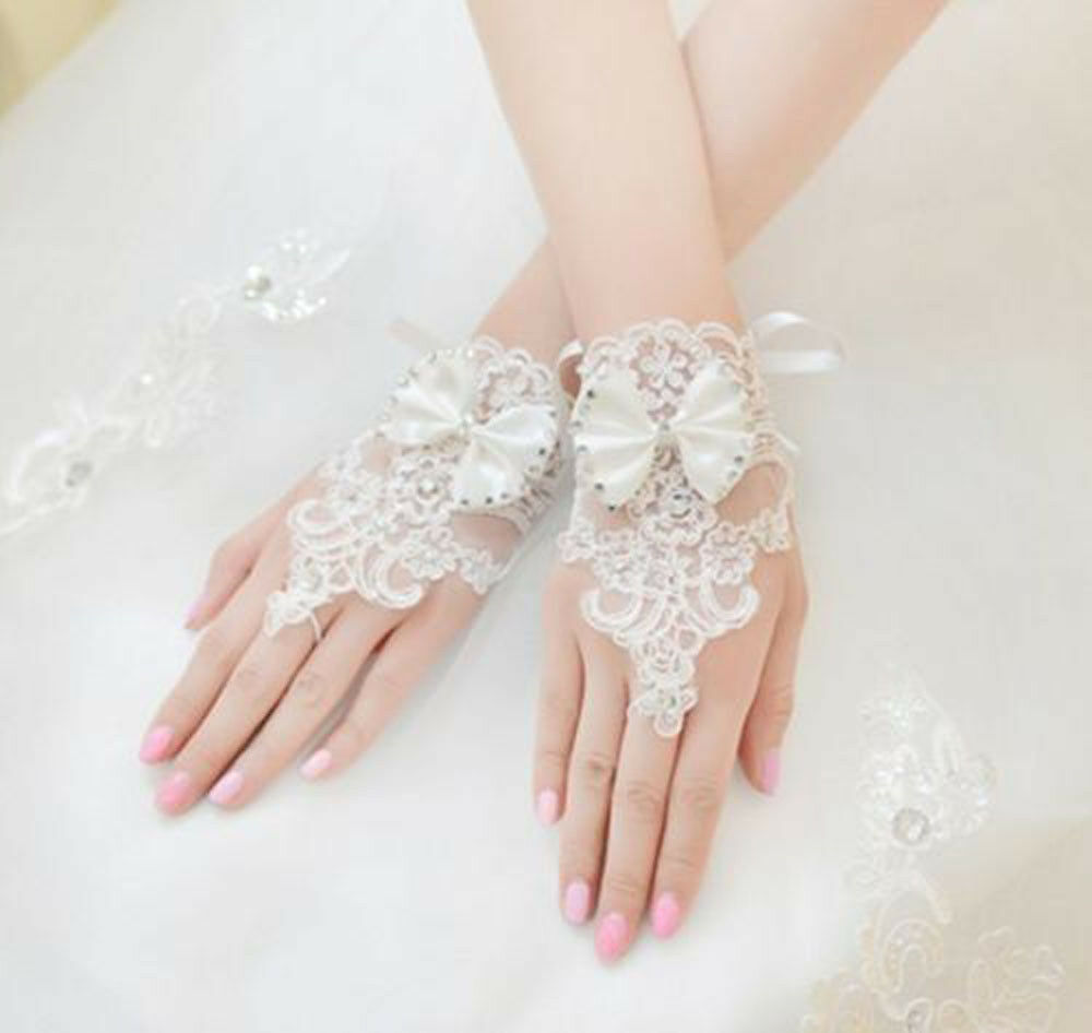 3g Short Ivory Lace Sequin Bow Fingerless Bridal Wedding