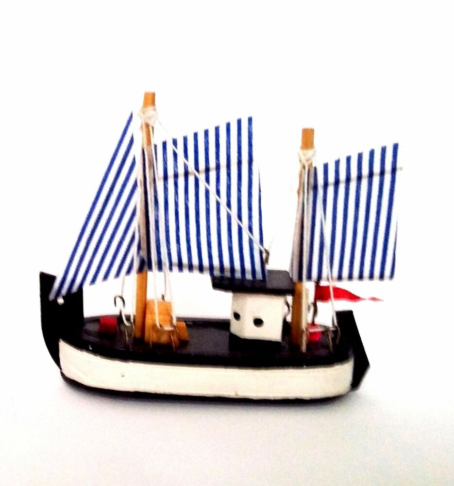 Wooden boat decorative ships nautical bathroom home sea for Boat ornaments for bathroom