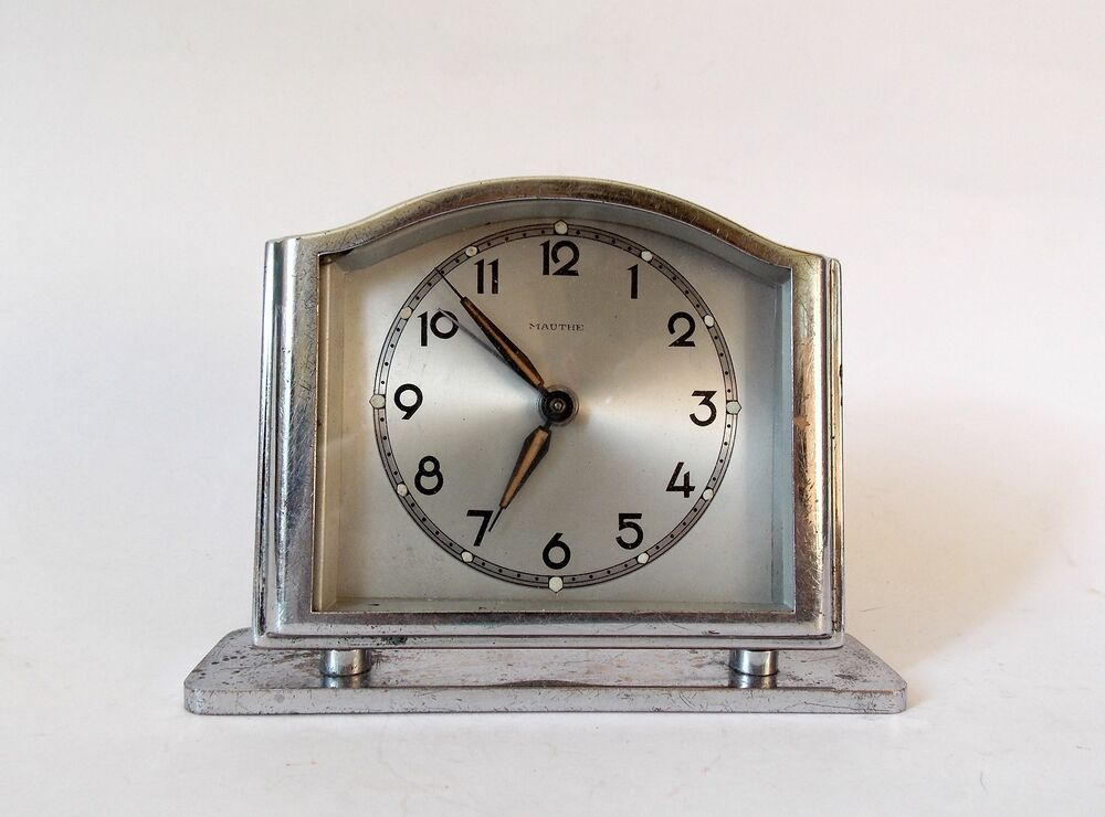 Vintage german 1940s mauthe art deco alarm clock table Art deco alarm clocks