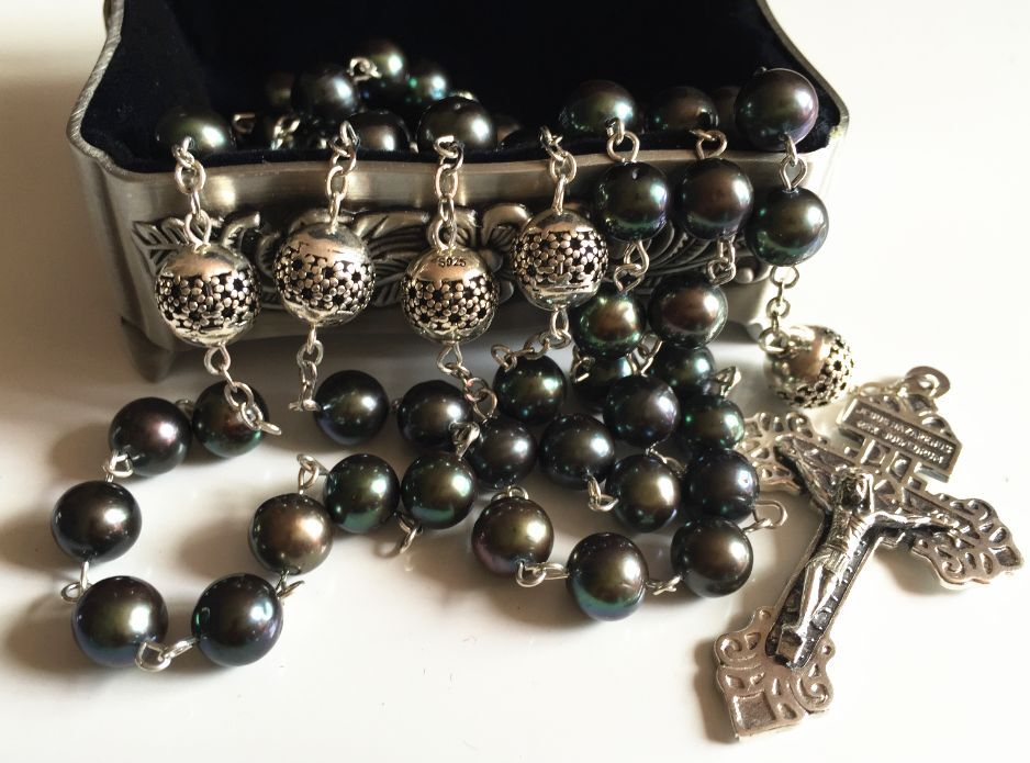 bali sterling silver beads aaa black tahitian pearl rosary. Black Bedroom Furniture Sets. Home Design Ideas