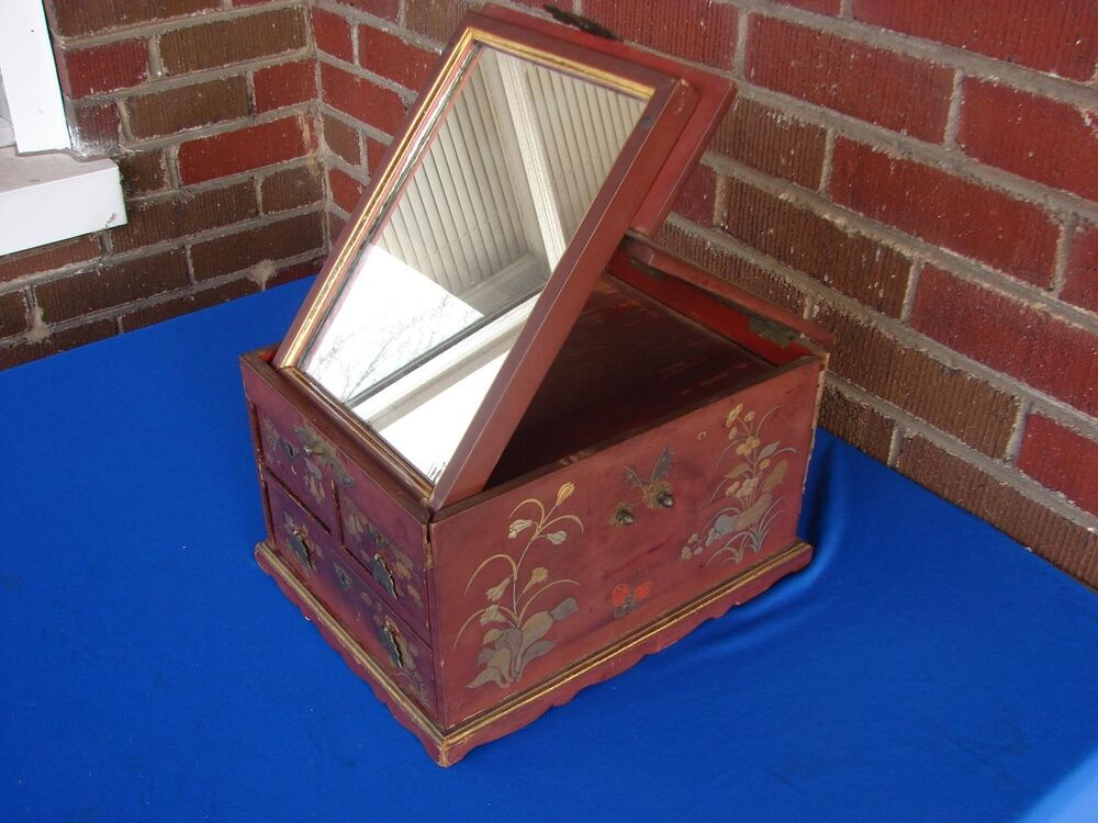Antique Chinese Lacquer Jewelry Or Vanity Box With