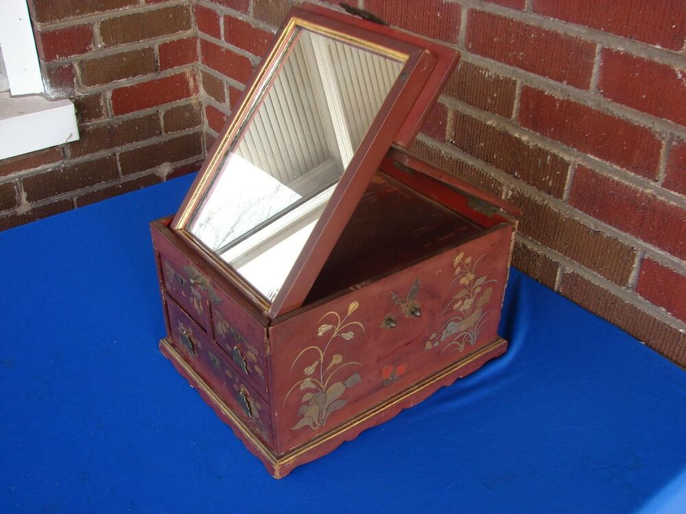 ANTIQUE? CHINESE LACQUER JEWELRY OR VANITY BOX WITH