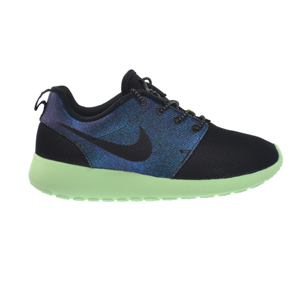nike roshe one wwc qs womens shoes teal black vapor green