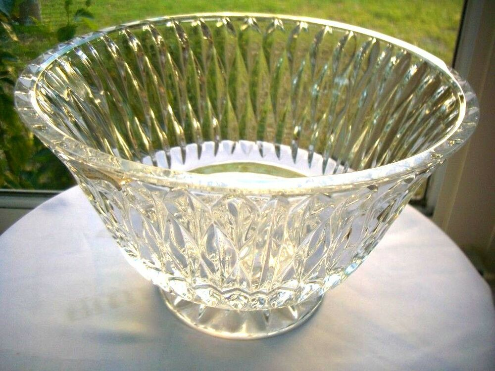 Block crystal chalet pattern footed centerpiece bowl 10 ebay - Footed bowl centerpiece ...