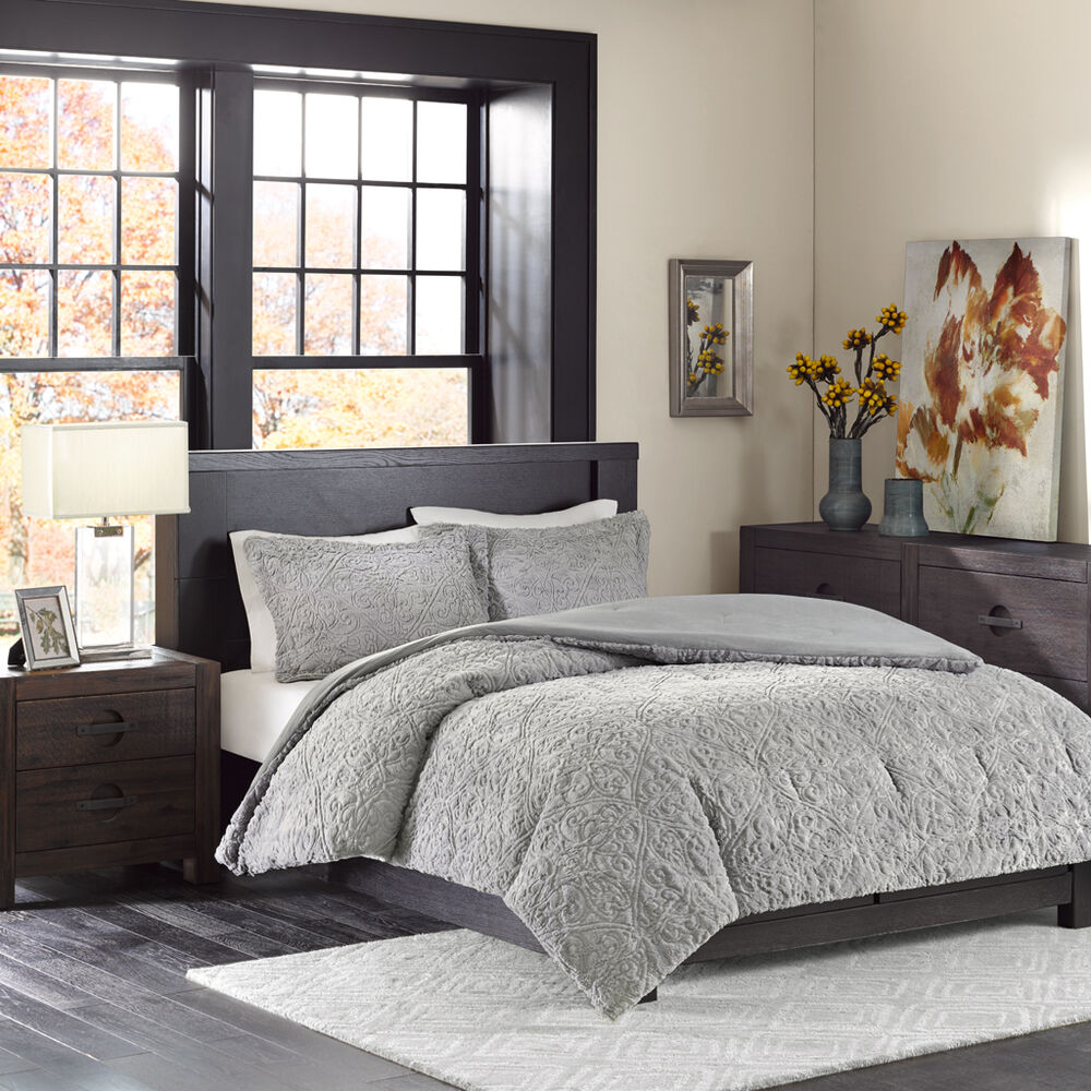 Beautiful ultra soft plush warm modern elegant grey for Pictures of comforters