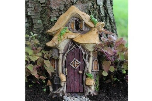 Fairy garden miniature leap frog fairy door mini for Mini fairy door