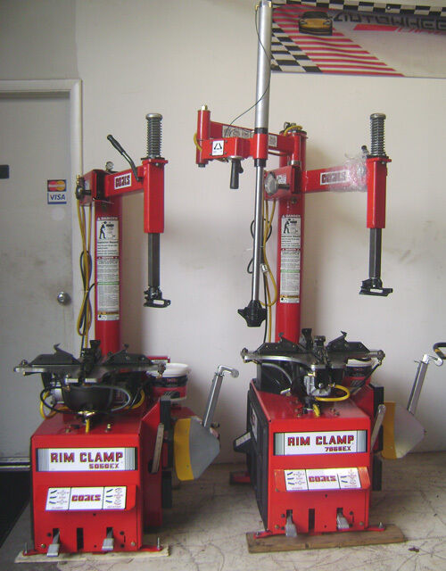 coats tire machine and balancer