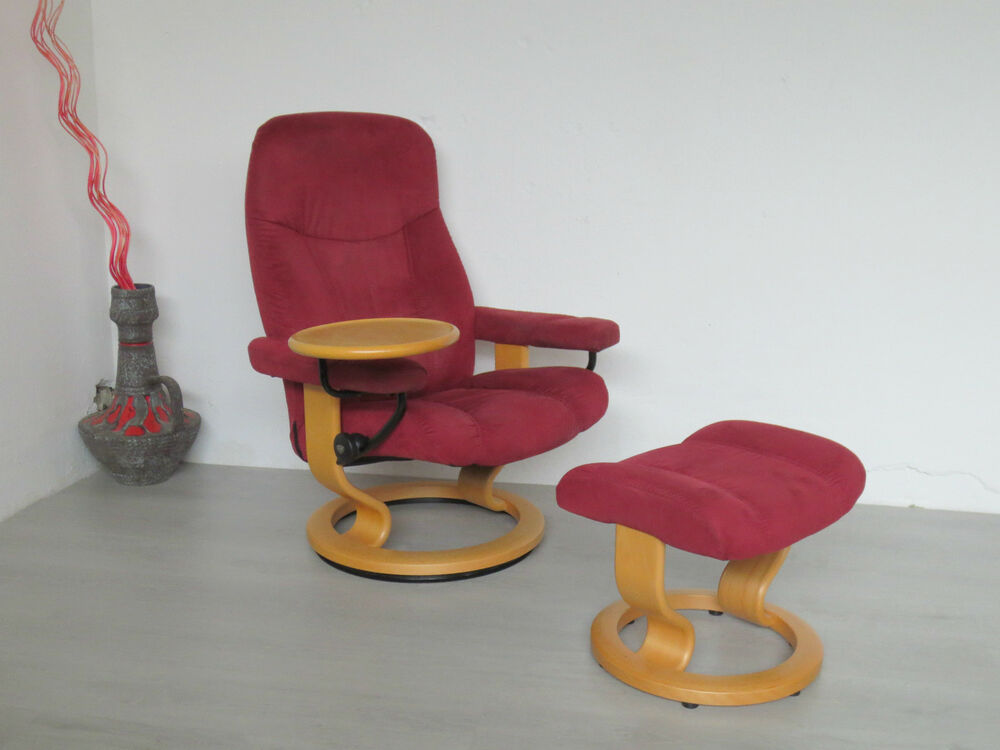 ekornes stressless sessel rot mit hocker relaxsessel ambassador tisch swingtable ebay. Black Bedroom Furniture Sets. Home Design Ideas