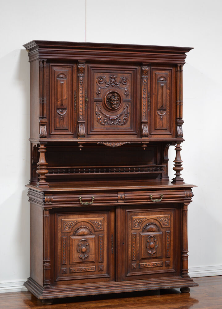 55610 antique french renaissance henry ii walnut buffet cabinet sideboard ebay. Black Bedroom Furniture Sets. Home Design Ideas