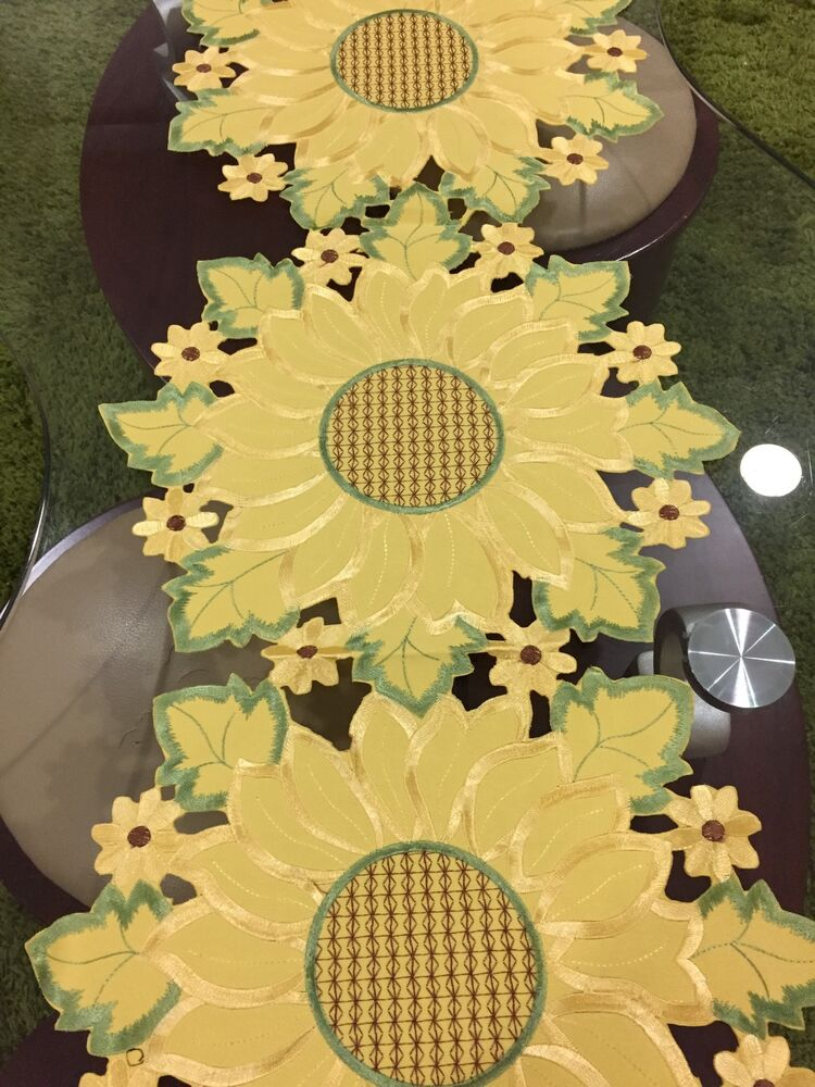 Country Sunny Embroidered Sunflower Table Runner Yellow