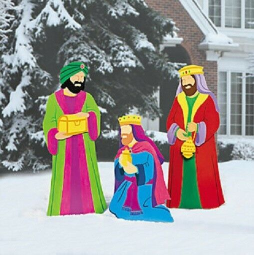 Large nativity three kings scene metal outdoor christmas for Amazon christmas lawn decorations
