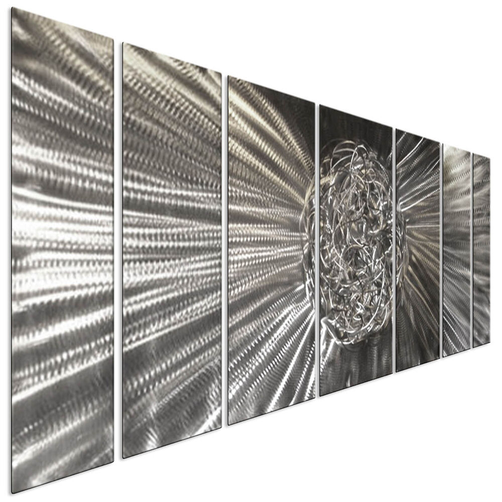 Contemporary metal wall art knot silver 3d wall decor by for Silver wall art