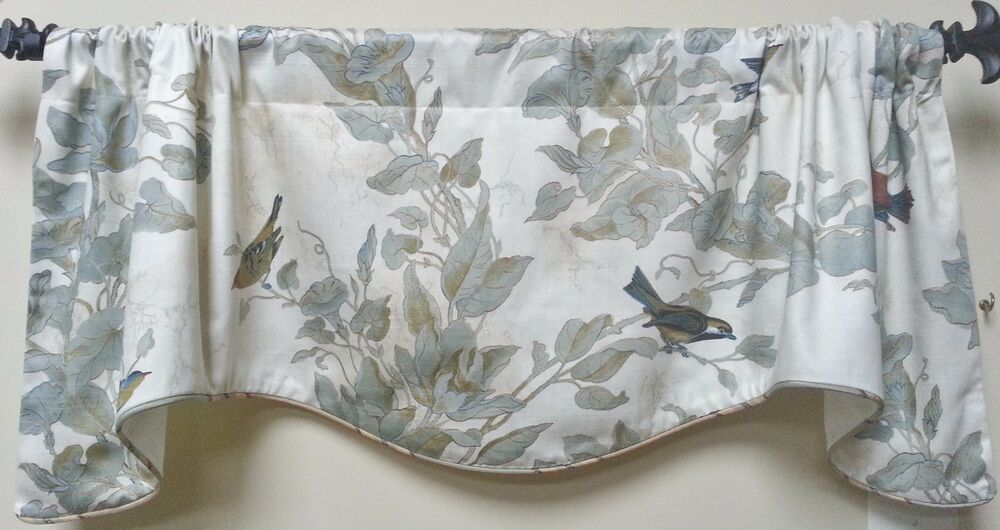 Reigate In Linen Scalloped Lined Corded Window Valance