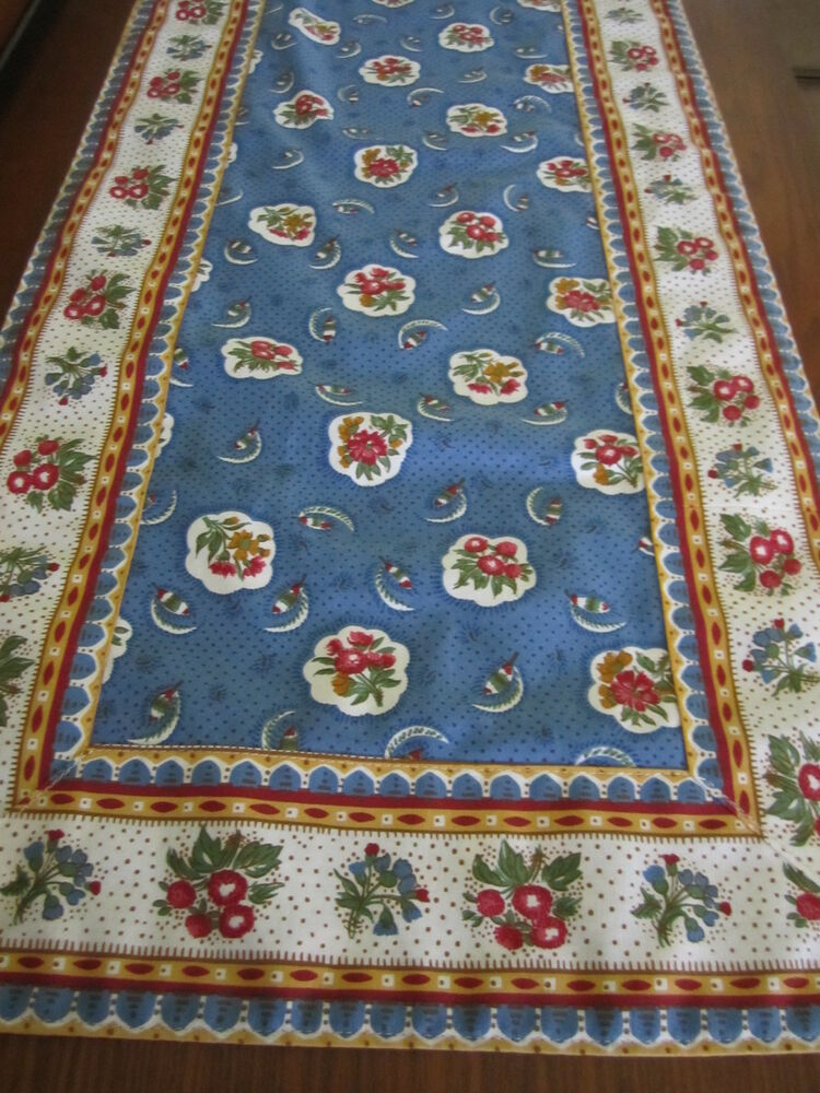 Country Kitchen Table Linens