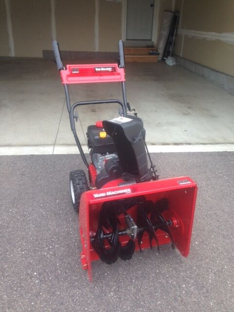 Yard Machines 208cc Gas 22 Quot 2 Stage Snow Thrower 31a