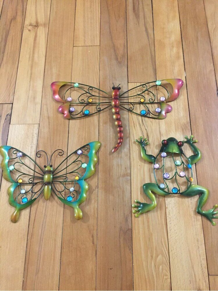 colorful creatures metal wall art butterfly frog dragonfly sparkling gems decor ebay. Black Bedroom Furniture Sets. Home Design Ideas