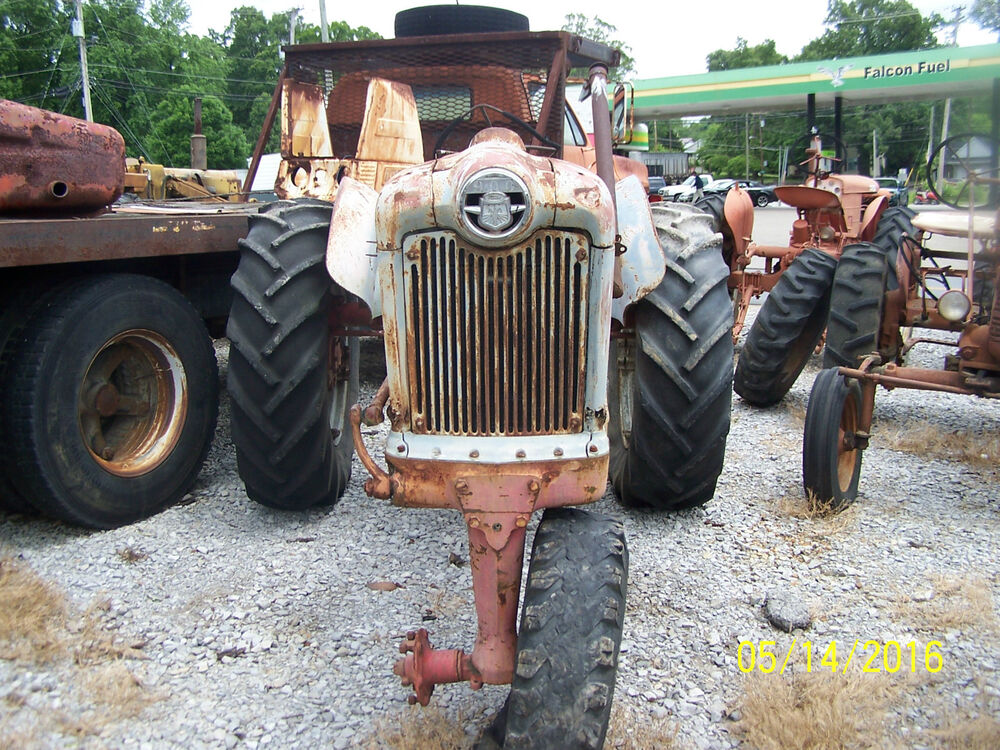 Ford 900 Tractor Parts : Ford series item tractor spd collectors