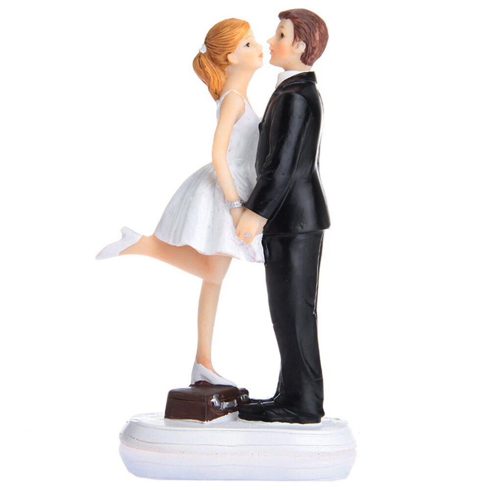 wedding cake bride and groom figurines wedding cake topper and groom figurine 22087